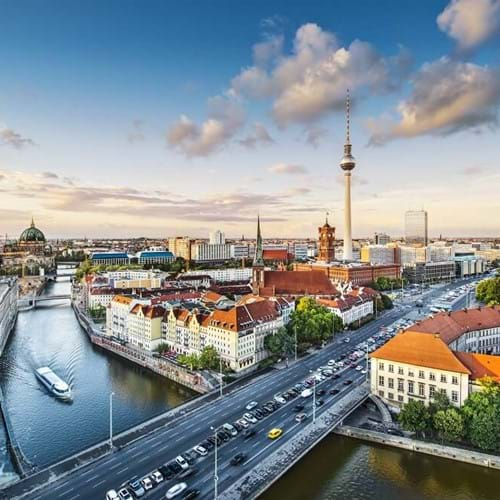 Business Studies & Economics trips to Berlin